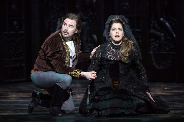 wno_don_giovanni_-_benjamin_hulett_don_ottavio_emily_birsan_donna_anna._photo_credit_richard_hubert_smith_-_6433
