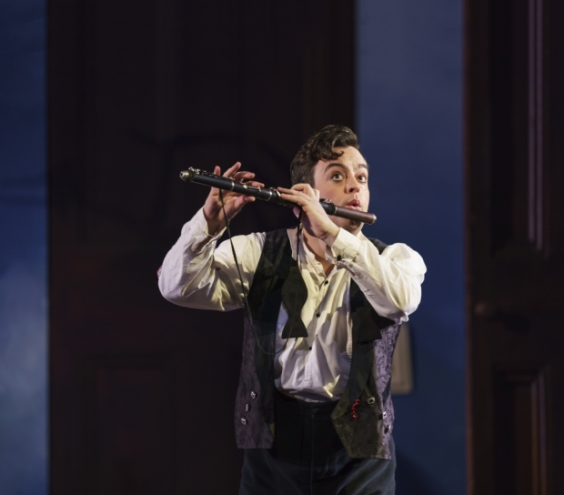 WNO-The-Magic-Flute-Ben-Johnson-Tamino_-Photo-credit-Bill-Cooper-0701_b08d886a739443c4161f4d99f54ba465